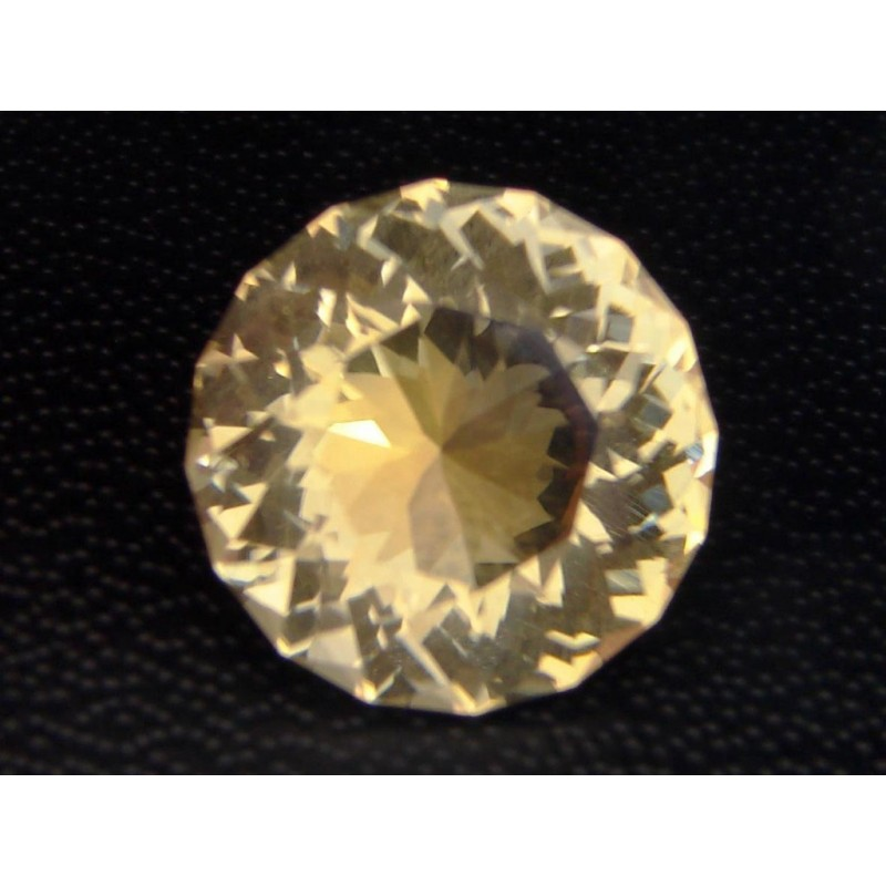 Golden Scapolite 5.25 cts
