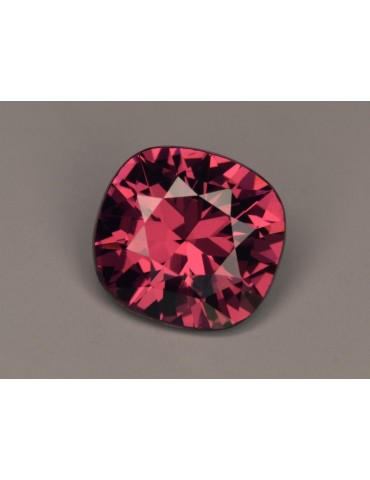Pink spinel 3.10 cts