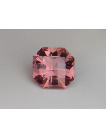 Imperial garnet 1.29 cts