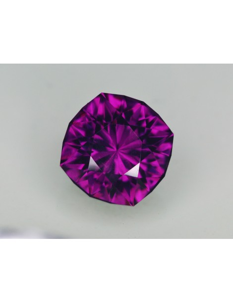 Purple garnet 2.92 cts.